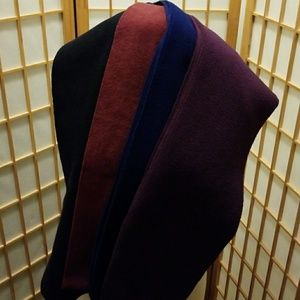 Bundle of 4 fleece scarves